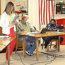 school-board-meeting2